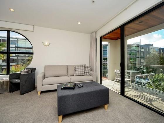 3Bed1BathLoft living area 3